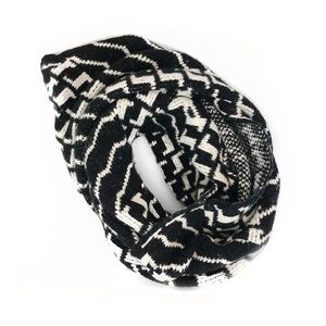 ASOS Houndstooth Infinity Knit Woven Scarf